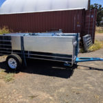 Tow sheep yard trailer