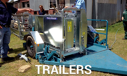 Mobile crutching trailer